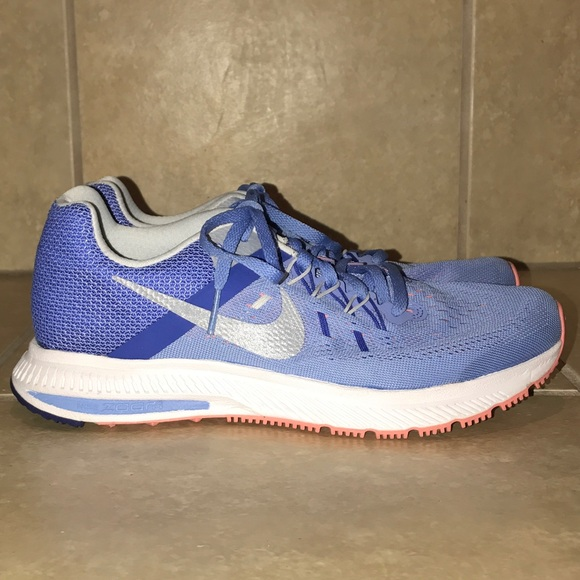 low priced 8accb 82f69 Women's Nike Air Zoom Winflo 2 Size 7